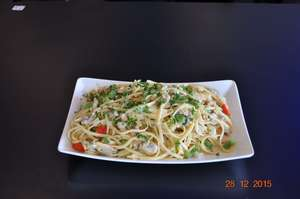 Clam Linguine_white sauce